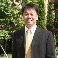 (株)ジーエンス 篠塚 仁